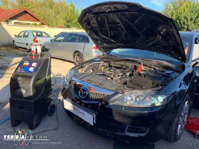 TerraClean_Belső_motortisztítás_Mazda_6_v30.jpg