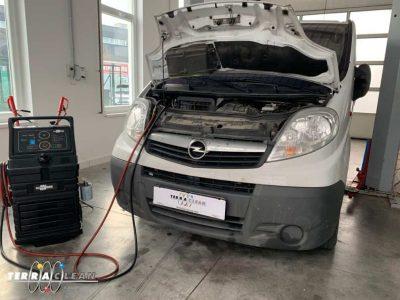 TerraClean_Belső_motortisztítás_Opel_Vivaro_v33.jpg