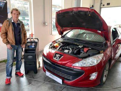 TerraClean_Belső_motortisztítás_Peugeot_308CC_v19.jpg